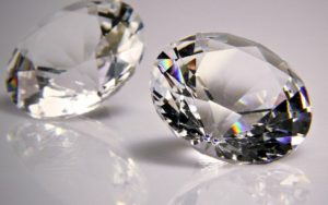 How To Spot A Real Or A Fake Diamond